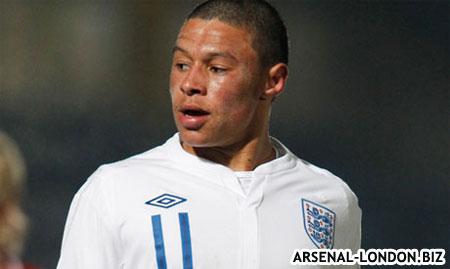 Алекс играл за юношескую команду Англии